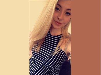 EasyRoommate UK - Rebecca - 18 - United Kingdom