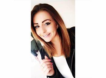 EasyRoommate UK - Amy - 23 - United Kingdom