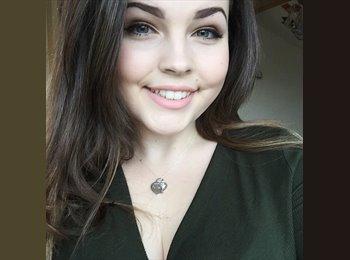 EasyRoommate UK - Amy  - 18 - Cardiff