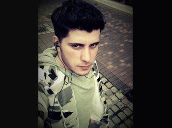EasyRoommate UK - Bashar - 22 - Preston