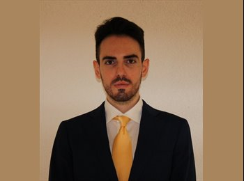 Gianluca - 26 - Student