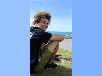 EasyRoommate UK - Jacob - 21 - Preston