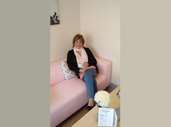 EasyRoommate UK - Pauline Millar - 54 - United Kingdom