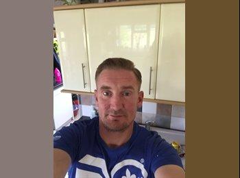 Anthony - 36 - Professional