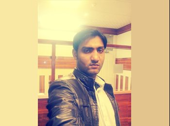 EasyRoommate UK - junaid - 28 - London