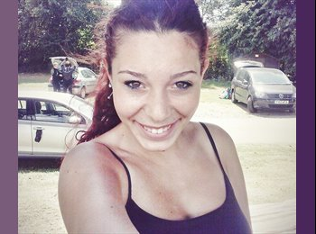 EasyRoommate UK - Laura Robles Ruiz - 20 - Birmingham