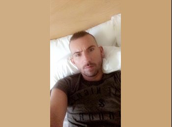 EasyRoommate UK - Ryan - 31 - Glasgow