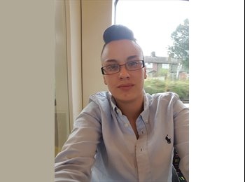 EasyRoommate UK - Leigh - 22 - London