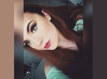 Paige - 18 - Professional