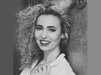 EasyRoommate UK - Melissa - 19 - Oxford