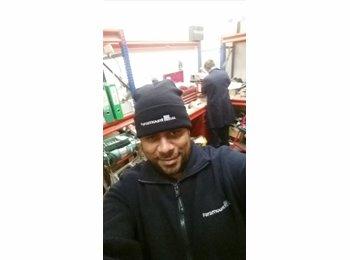 EasyRoommate UK - Jason - 34 - Tilbury