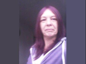 EasyRoommate UK - Debbie Townsend - 51 - Milton Keynes