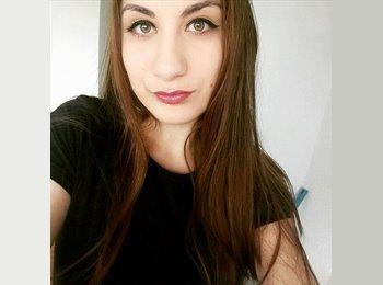 EasyRoommate UK - Alessandra  - 19 - Widnes
