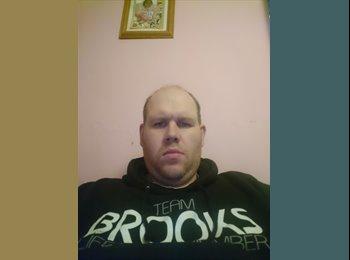EasyRoommate UK - Tony Brooks  - 39 - Widnes