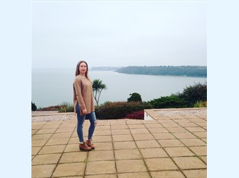 EasyRoommate UK - Georgie - 19 - Newbury