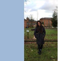 EasyRoommate UK - Sara Naim - 30 - Crumpsall