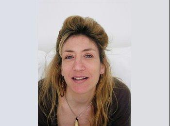 Rebecca Hammond - 52 - Professional