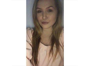 EasyRoommate UK - Rebecca - 19 - Cambridge