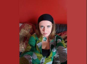 EasyRoommate UK - Victoria Hamilton - 43 - Norwich