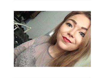 EasyRoommate UK - Chloe - 20 - Torquay