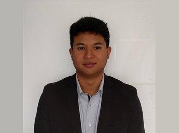 Tsanta Rama - 19 - Student