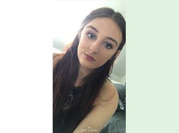 EasyRoommate UK - Megan - 20 - Mansfield