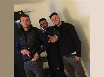 EasyRoommate UK - Jordan - 24 - Leicester