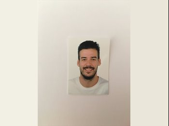 EasyRoommate UK - Francisco - 26 - Cheltenham