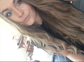 EasyRoommate UK - Jessica Budd - 19 - Fareham
