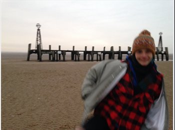 EasyRoommate UK - Joanna - 30 - Chorlton-cum-Hardy