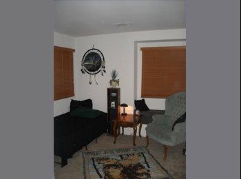 EasyRoommate US - nice room, good spot, Mountain's Edge - $425 /mo