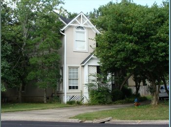 Room for Rent in Hoover Townhome