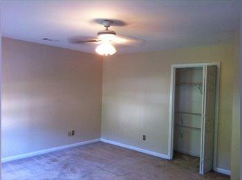 EasyRoommate US - Master Bed Room for Rent!! - Sandy Springs / Dunwoody, Atlanta - $549 /mo