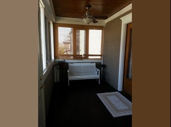 ROOMS FOR RENT FURNISHED