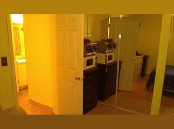 EasyRoommate US - Furnished Bedroom Available in Plantation, Ft Lauderdale Area - $500 /mo