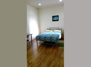 ROOM AVAILABLE IN MANHATTAN FROM DECEMBER 31ST
