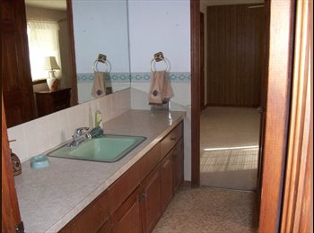 EasyRoommate US - Home - Central El Paso, Las Cruces - $500 pcm