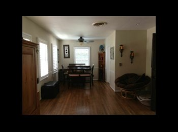 EasyRoommate US - Have spare room available in 3br/2bth house - Van Nuys, Los Angeles - $800 /mo