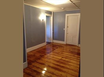 Room for rent in charming 2 bdrm apartment