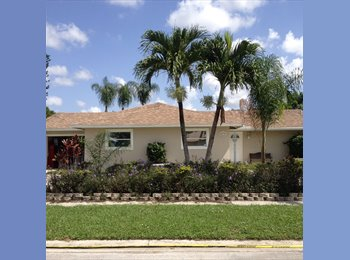 EasyRoommate US - Room For Rent - Large 3BR House - Delray Beach - Delray Beach, Ft Lauderdale Area - $700 pcm