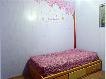Room for UCR female international students