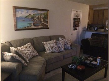 Roommate wanted In Rancho San Diego