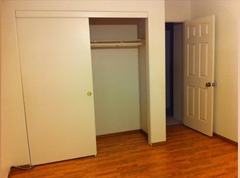 Private room in a houseshare for rent for 1 female tenant