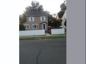 EasyRoommate US - Share House - 1 bedroom available - Bridgeport, Bridgeport - $800 pcm