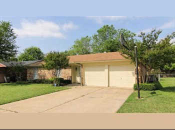 EasyRoommate US - Watauga home - North East, Fort Worth - $600 pcm