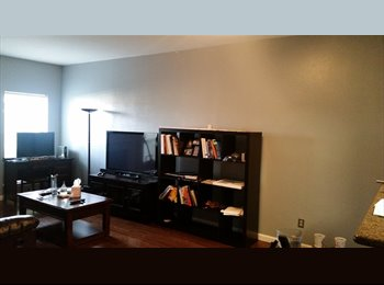 Bedroom for rent in townhome near Medical Center