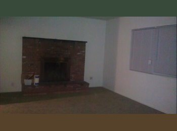 EasyRoommate US - College Roommate Wanted - Castle Rock, Colorado Springs - $325 pcm