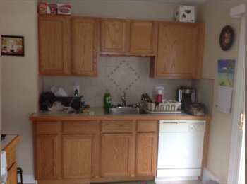 EasyRoommate US - House to share private bedroom & bathrom - Dearborn/Dearborn Heights, Detroit Area - $500 /mo