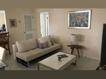 EasyRoommate US - Looking for a female roommate - Coconut Grove, Miami - $950 /mo