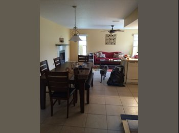 EasyRoommate US - North Port Room - Sarasota, Other-Florida - $650 pcm